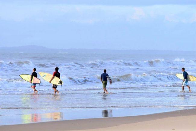 Guimarães Escola de Surf